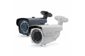 Видеокамера уличная вариофокальная с ИК подсветкой Safari SVC-WI312E